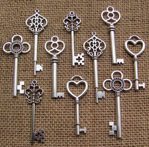 Bulk Skeleton Keys Antiqued Silver Keys Wholesale Keys Key Pendants Wedding Keys Steampunk Keys Assorted Keys 53mm to 68mm 50pcs