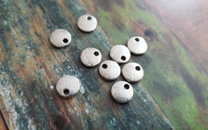 Metal Stamping Blanks Antiqued Silver Blank Charms Pendants Metal Circle Tag Blanks 10 pieces 8mm