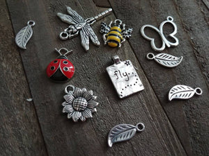 Garden charms Set Enamel Charms Antiqued Silver Mixed Charms Lot Spring Charms Nature Themed Charms Ladybug Bumblebee Charm 10pcs