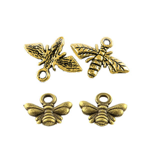 Gold Bee Charms Antiqued Gold Bee Pendants Wasp Charms Insect Charms Spring Charms Garden Charms Honeybee Charms Bumblebee Charms 4pcs