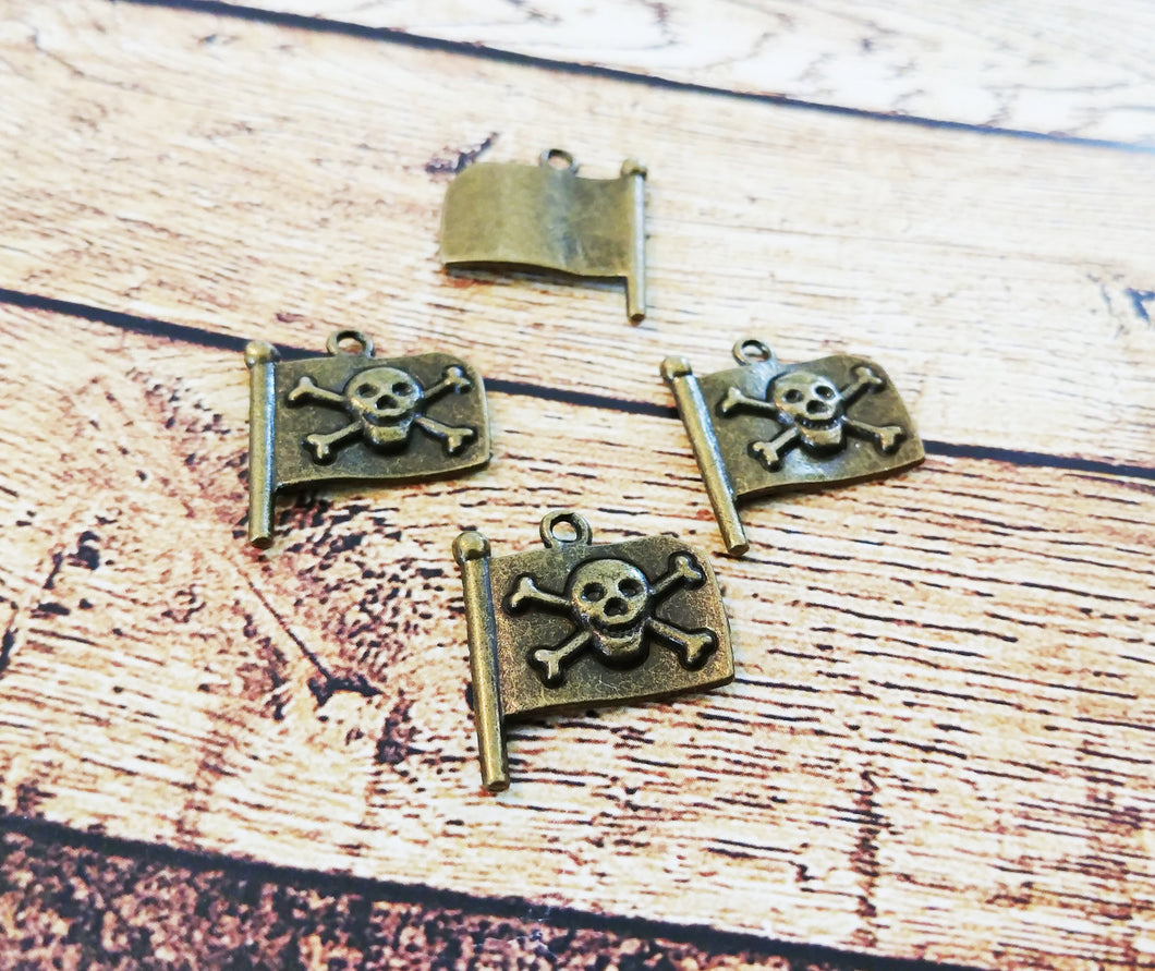 Skull and Crossbones Charms Antiqued Bronze Pirate Charms Pirate Flag Charms Bronze Charms Set Themed Charms 4pcs
