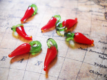 Load image into Gallery viewer, Glass Chili Pepper Charms Chili Pepper Pendants Red Chili Peppers Lampwork Glass Charms Glass Pepper Charms Red Pepper Charms 10pcs 17mm