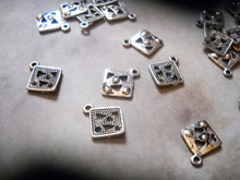 Load image into Gallery viewer, Geometric Charms Square Charms Antiqued Silver Square Charms Shape Charms Square Pendants Drops 10 pieces