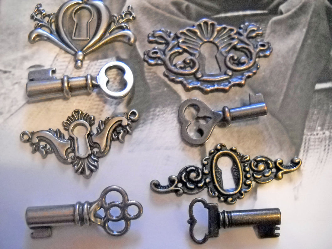 Key Hole Pendants and Matching Skeleton Keys Lock and Key Charms Pendants Connectors Assorted Keys Copper Silver Bronze Steampunk