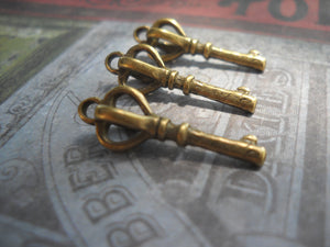 Bulk Skeleton Key Charms Antiqued Bronze Crown Top Scepter Pendants Steampunk Supplies Sold per pkg of 50