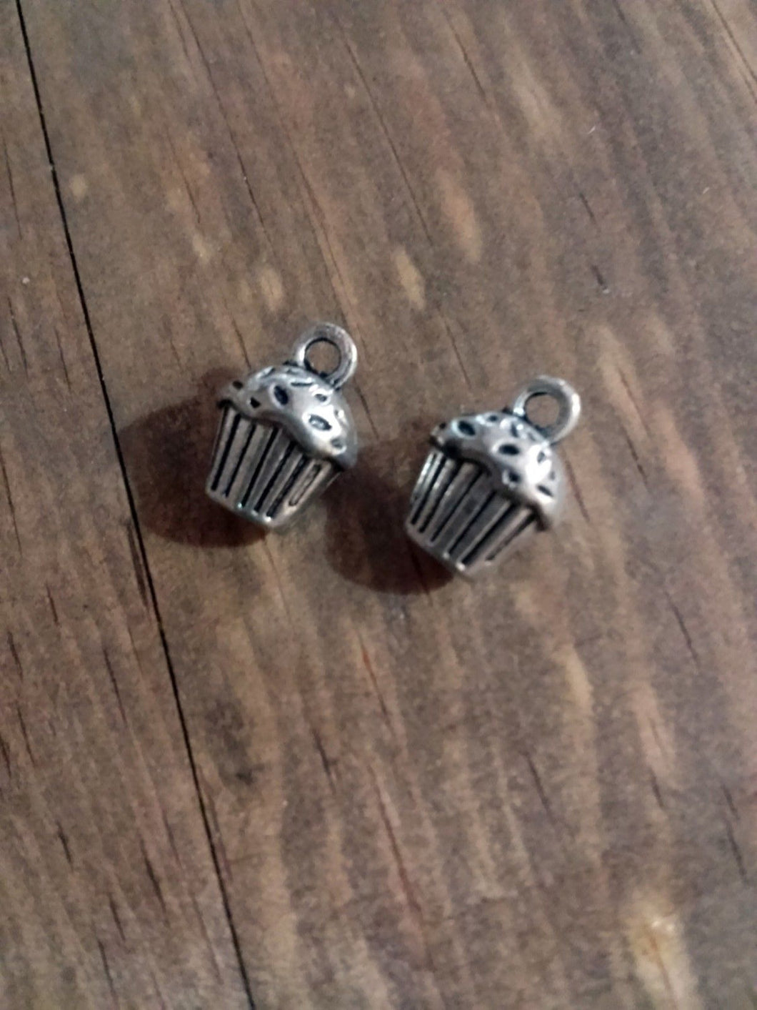 Cupcake Charms Silver Cupcake Charms Baker Charms Birthday Charms 3D Charms Cooking Charms Bakery Charms 4 pieces