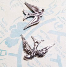 Load image into Gallery viewer, Bird Pendants Sparrow Charms Swallow Pendants Left Facing Bird Antiqued Silver Bird Charms Animal Charms 10 pieces Rockabilly Charms