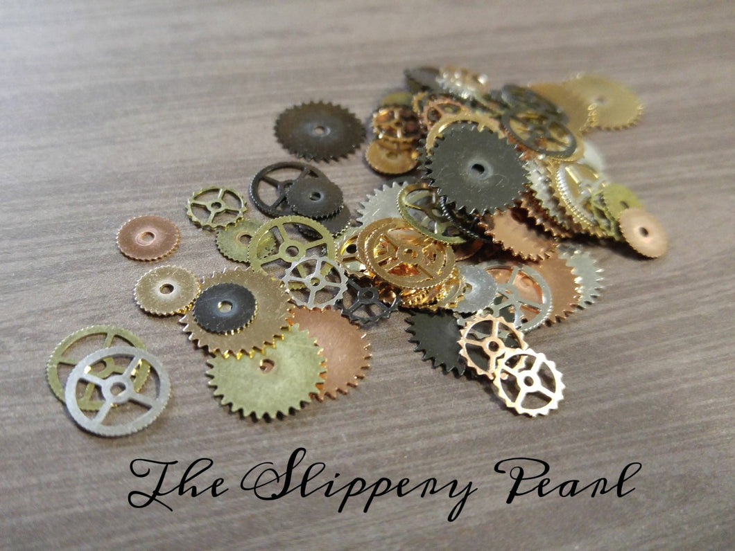 Steampunk Gears Assorted Metals Watch Gears Clock Gears Steampunk Parts Gear Charms Pendants Gold Bronze Silver Copper 100 pieces *