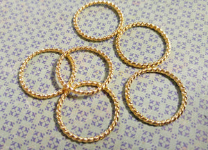 Linking Rings Gold Linking Rings Shiny Gold Rings Closed Rings Large Soldered Jump Rings Wholesale Findings 40 pieces 25mm
