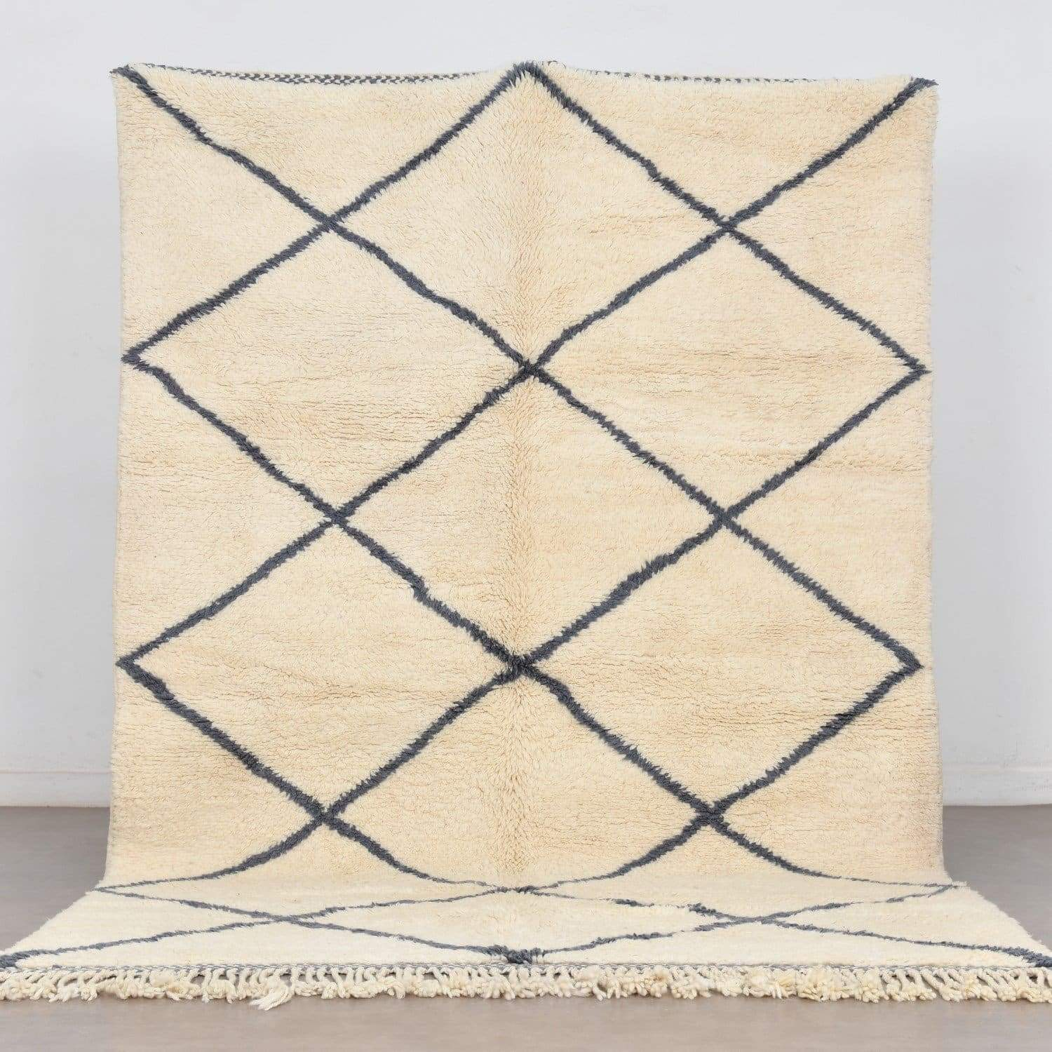 Luxury Mrirt rug 6 x 9.2 ft / 184 x 280 cm - Mrirt Rug