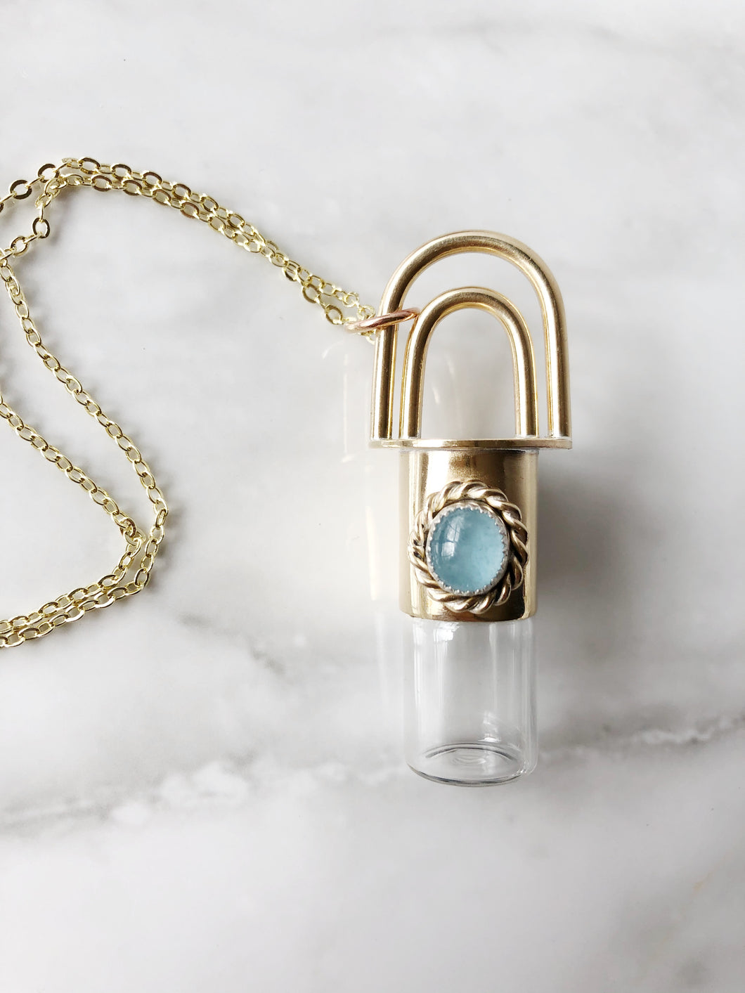 Aura Rollerball Necklace with Aquamarine