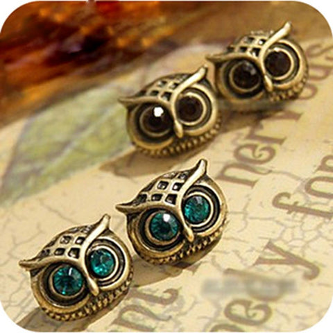 """Bright Eyes"" Owl Post Earrings"
