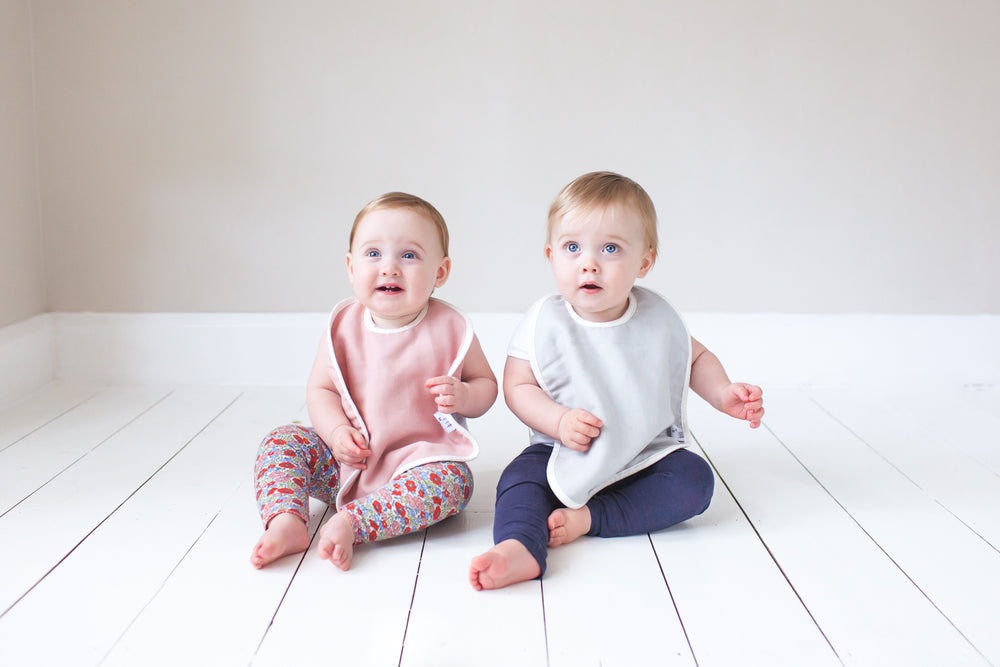 Molly & Moo Organic Cotton Muslin Bibs (pack of 2)