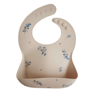 Mushie Silicone Bib in Lilac Flower