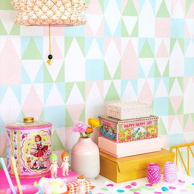 Majvillan Wallpaper | Confetti in Soft Pink