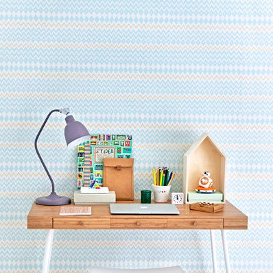 Majvillan Wallpaper Tomoko in Turquoise. Non Woven Wallpaper