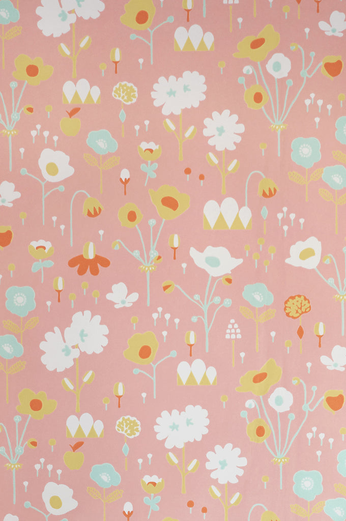 Floral Wallpaper | Bloom Pink | Majvillan Wallpaper