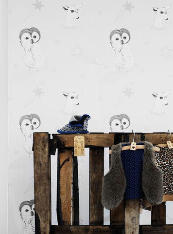 Hibou Home Wallpaper Off Cuts: Animal Parade in Pale Sky & White