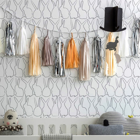 Marley+Malek Kids Wallpaper | Giraffe in Gold Metallic