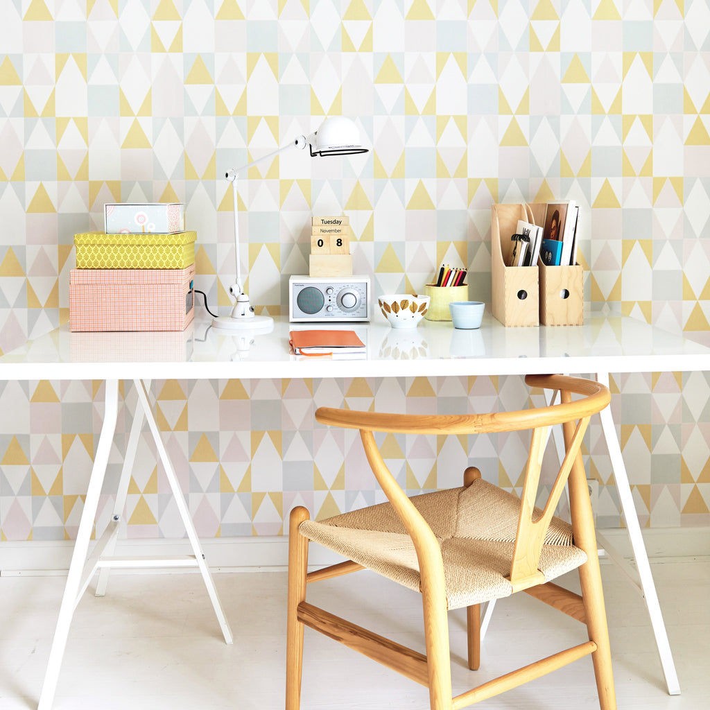 Majvillan Wallpaper | Alice Pink Geometric Wallpaper