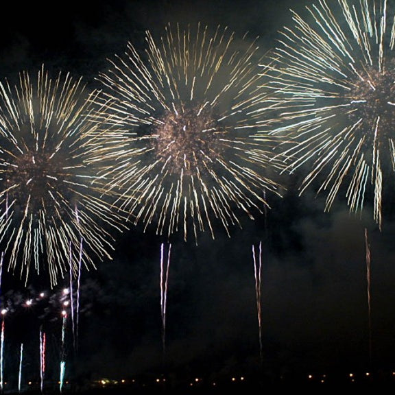 ROUNDUP OF FIREWORK EVENTS THIS WEEKEND