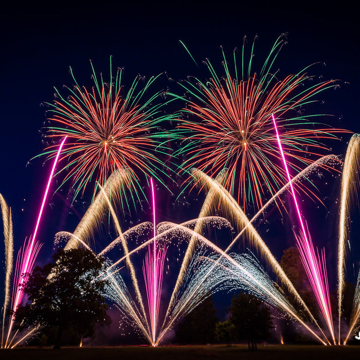 TOP TIPS FOR FABULOUS FIREWORK PHOTOGRAPHY