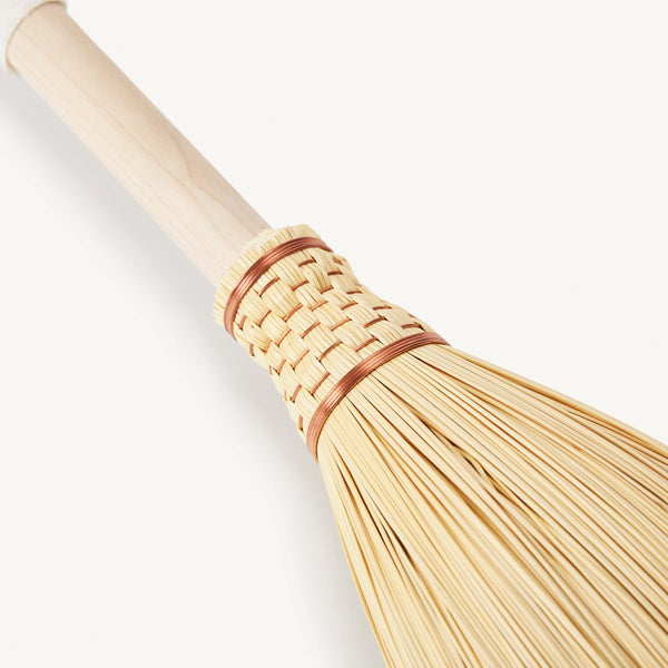 sheathed broom [COLOR-NATURAL]