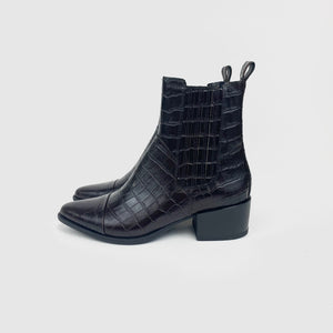 Vagabond - Marja (Dark Brown Embossed)
