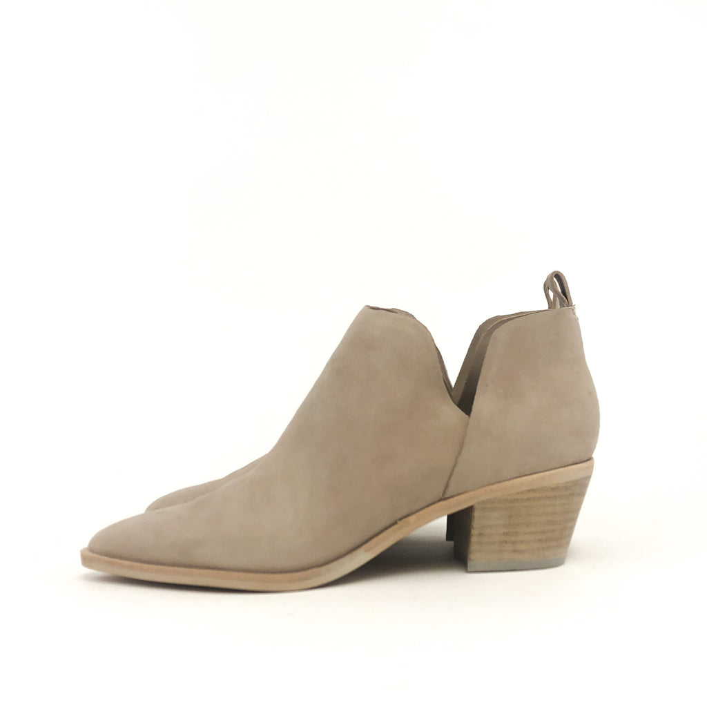 Dolce Vita - Sonny (Almond Suede)