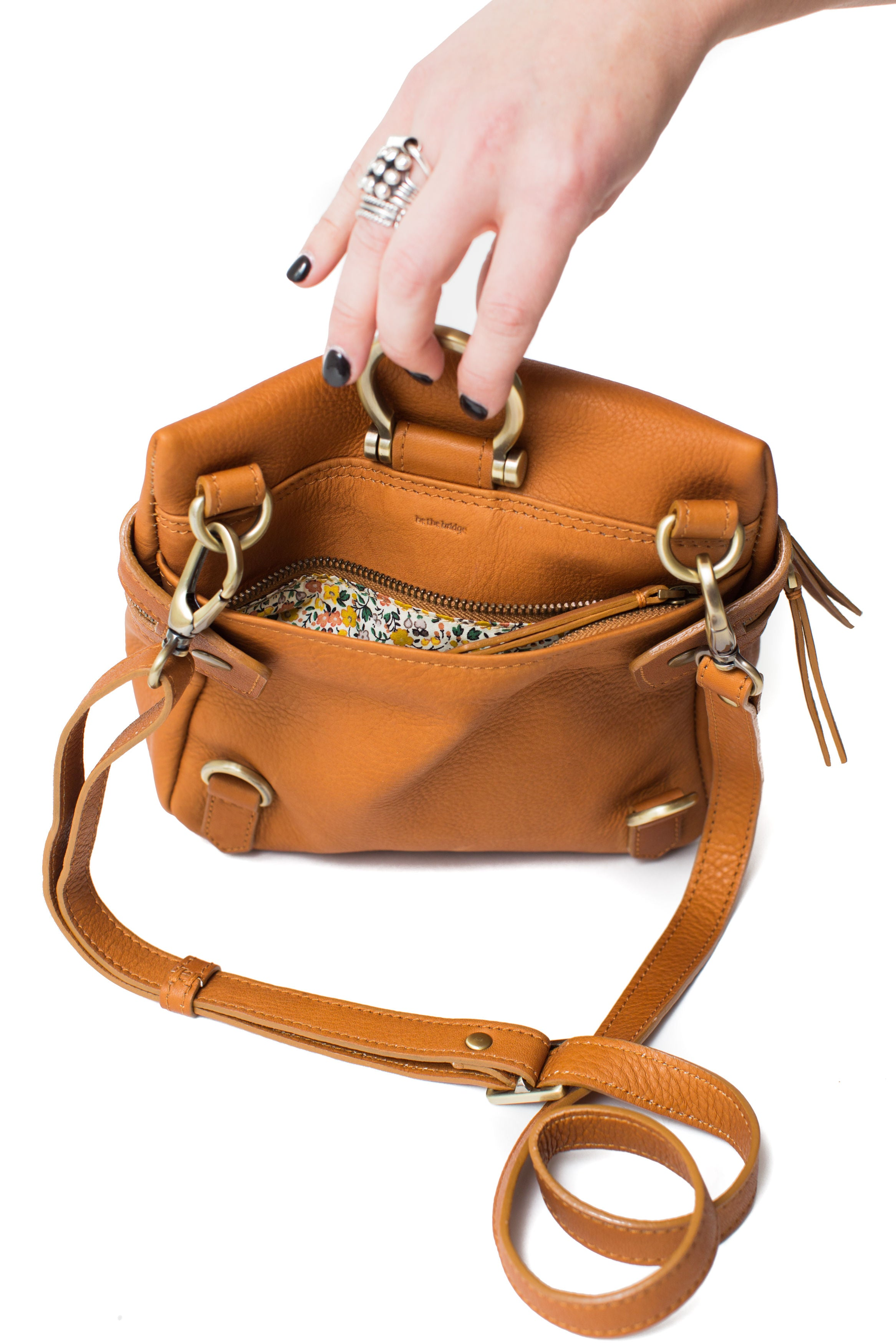 Sapahn - Pepper Leather Crossbody Convertible Bag (Whiskey)