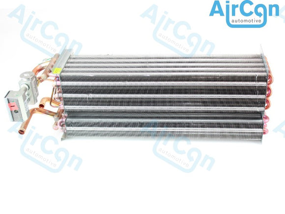 Air conditioning evaporator heater New Holland T6000 T7000 series tractors references 82037665, 82037666, 82023542, 8150187, 82027885, 82033008, 82033007, 590-22241, 294F24, 3000-72109, 590-22211, 451-11979, 54086, 294C88, 590-2223, 3000-83215