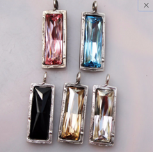 Load image into Gallery viewer, Swarovski Crystal Pendant Necklace