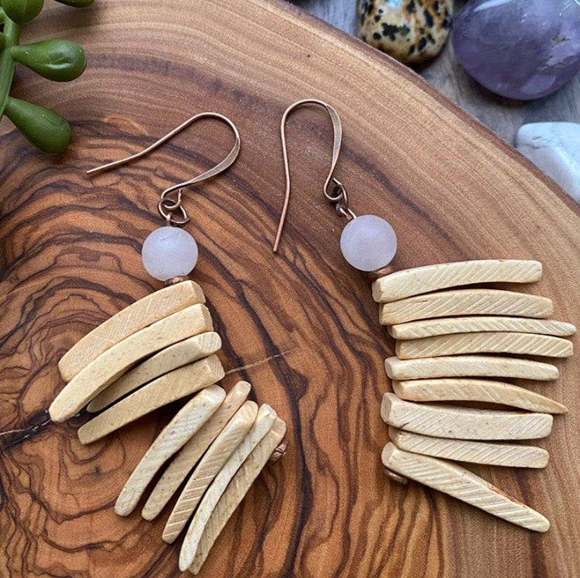 Cream Cocowood Spike Earrings w/ Rose Quartz Accents