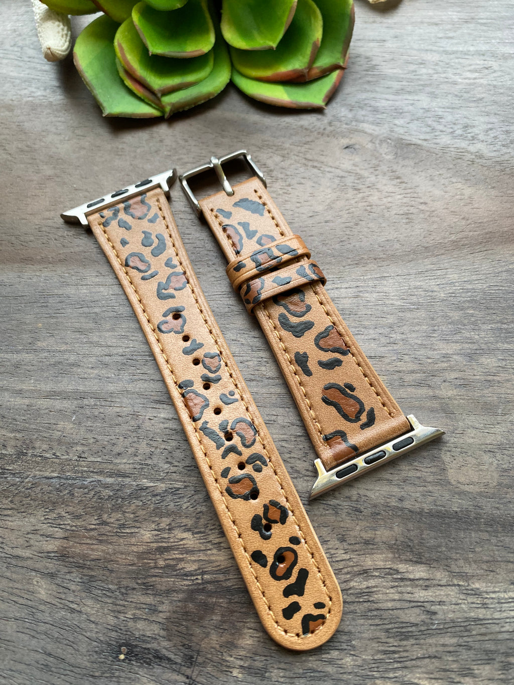 Animal Print Genuine Leather Apple Watch Band (38/40)