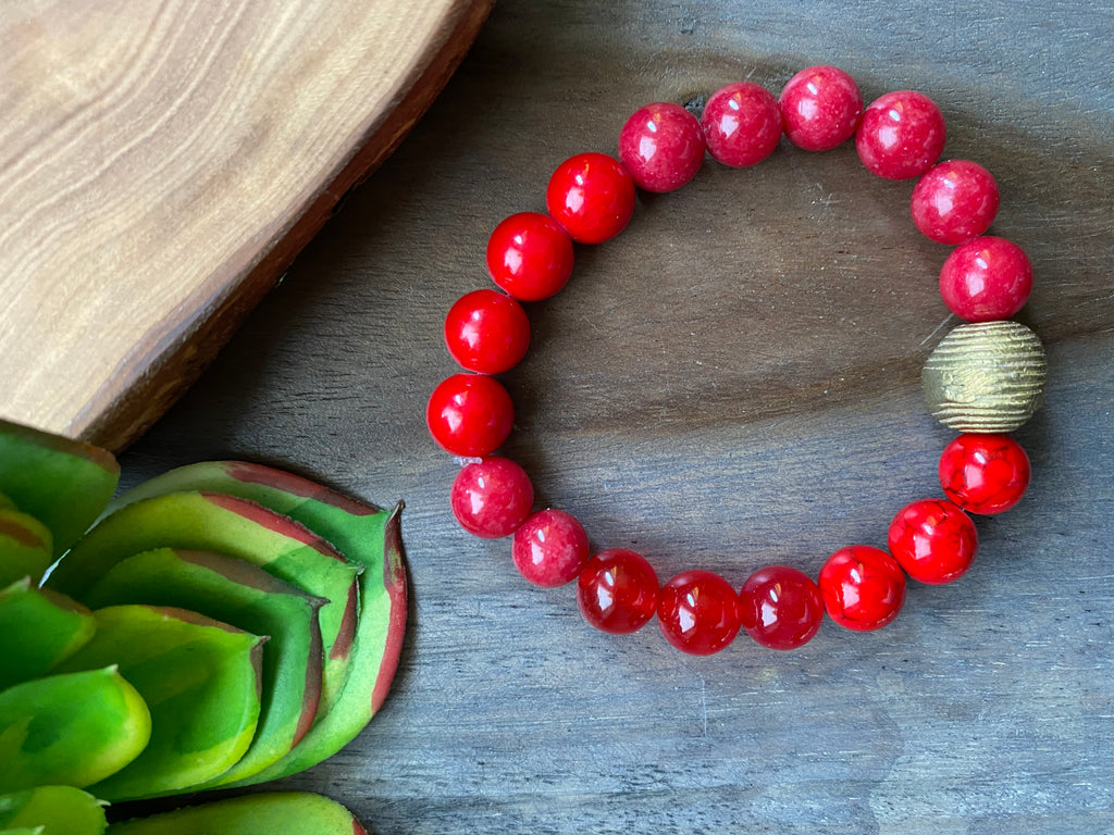 Red with Brass Accent Beaded Bracelet
