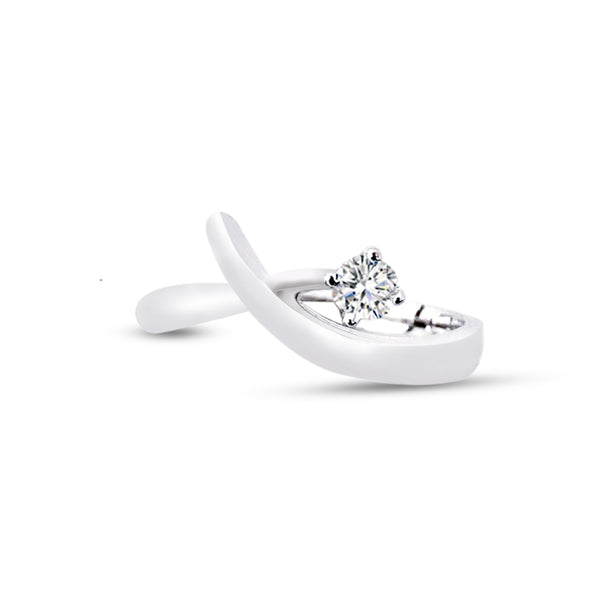 18K (750) White Gold Ladies/ Women Contemporary Design Diamond Ring