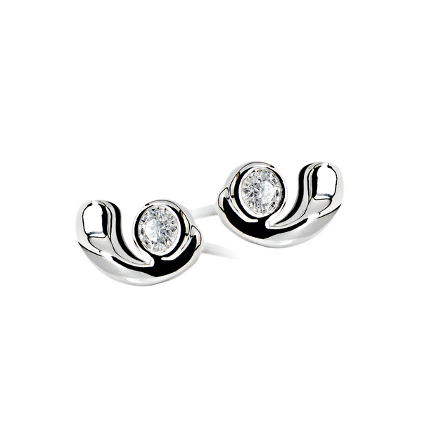 18K (750) White Gold Ladies/ Women Round Diamond Earrings