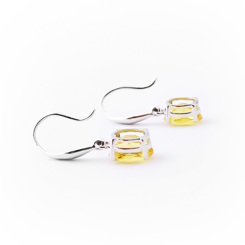 18K (750) White Gold Ladies/ Women Dangling Earrings with Dazzling Oval Shaped Vivid Yellow Crystals