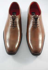 derby shoes punch up toe