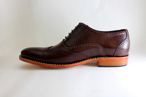 brogue style shoes