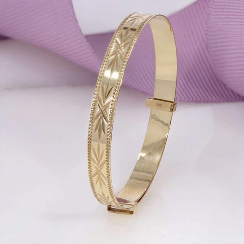 Golden Ticket Baby Bangle in 9ct Gold