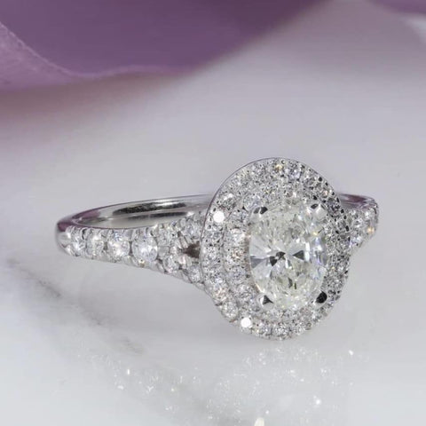 OXFORD Oval Engagement Ring