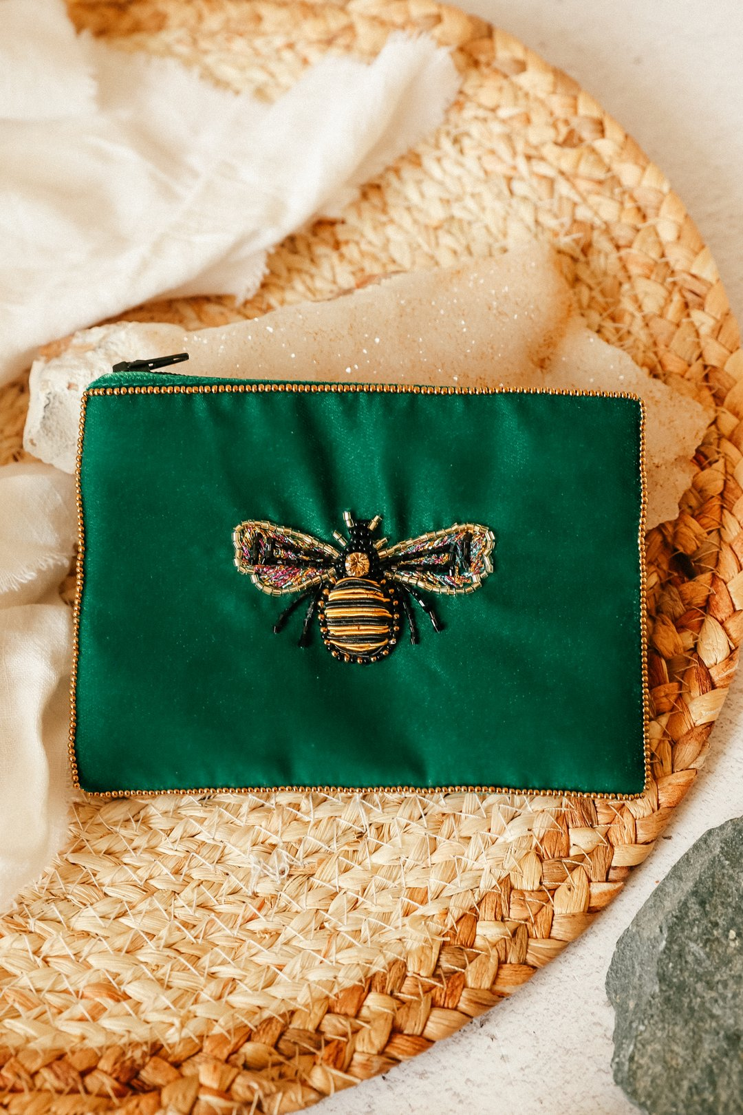 Small Emerald Velvet Bee Purse