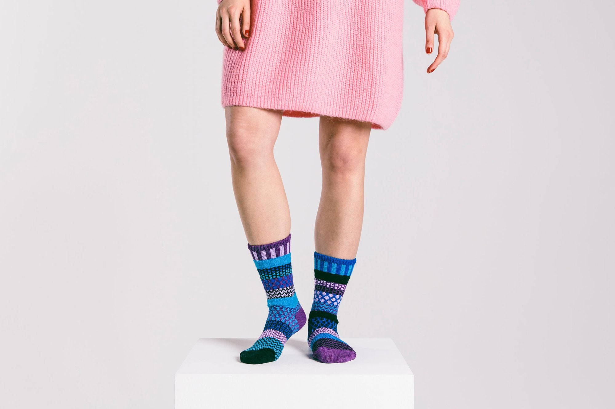 Raspberry by Solmate Socks