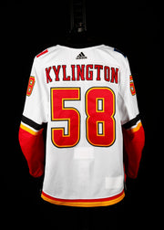 18-19 Game Worn Jersey Kylington Away Set 2