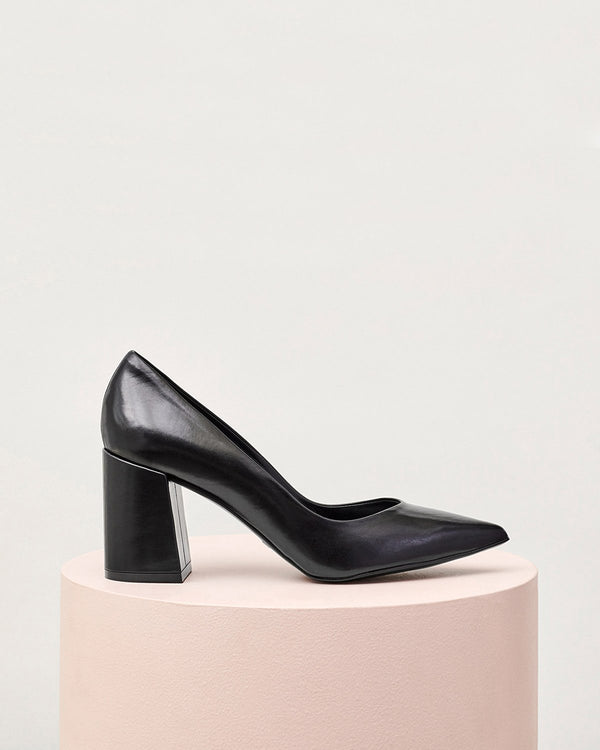 ESSĒN Shoes Black Perfect Pump
