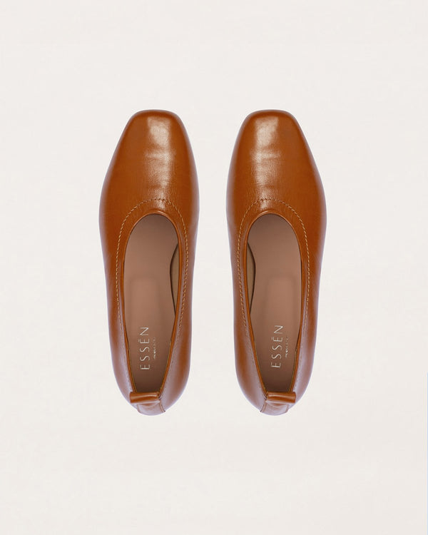 ESSĒN Shoes Cognac Foundation Flat