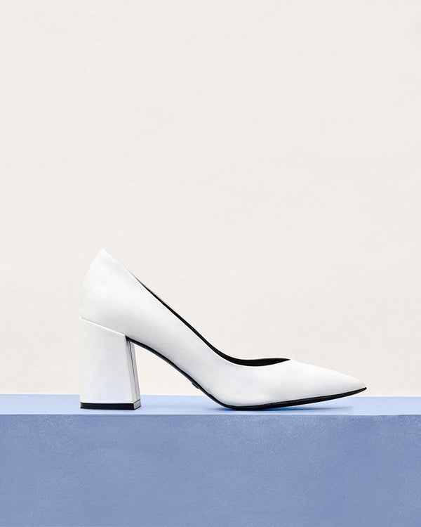 ESSĒN Shoes White Perfect Pump