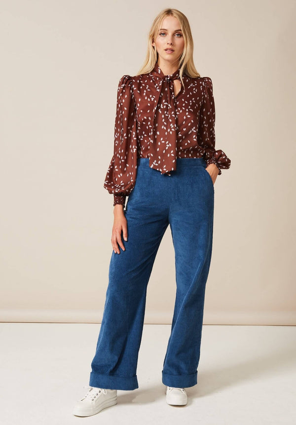 PHOEBE GRACE ESME Tie Neck Shirt with puff sleeve in Brown Protea Bud