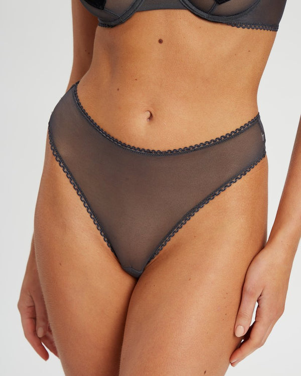 Saturday the Label Lingerie 1 / Gray / Mesh Gray Goddess G-string